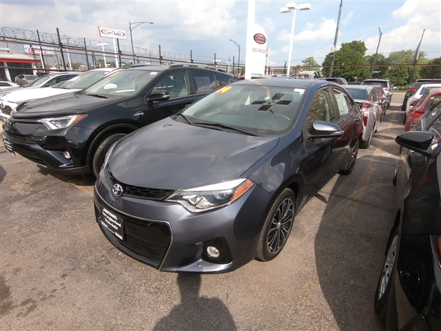 Pre-Owned 2014 Toyota Corolla S PLUS