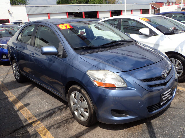 Seminuevo 2007 Toyota Yaris Base Base 4dr Sedan 4a In Chicago