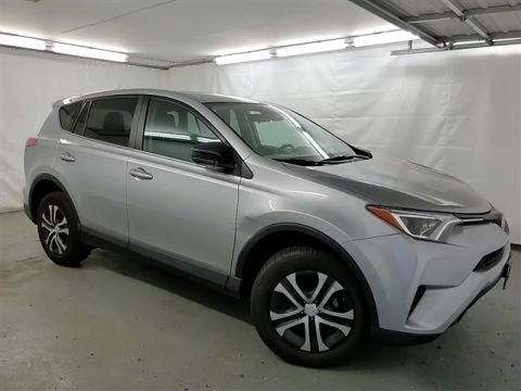 Certified Pre-Owned 2018 Toyota RAV4 LE AWD