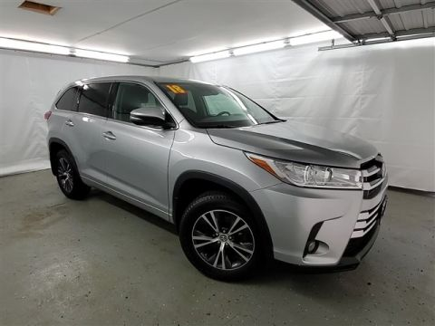 Certified Pre-Owned 2018 Toyota Highlander LE PLUS